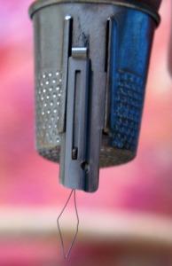 grammas-thimble-with-needle-threader