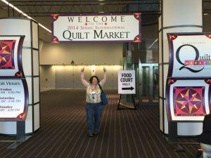 quilt market sign