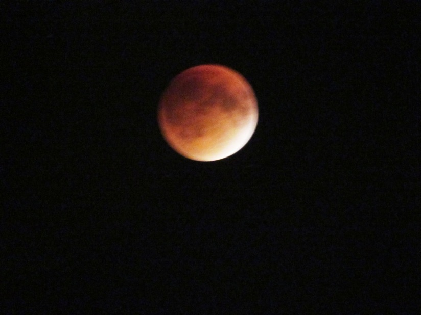 lunar eclipse blood moon